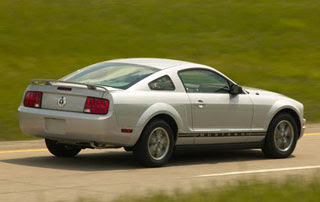 2008 Ford Mustang-2