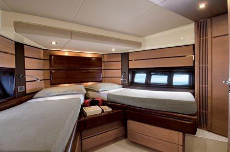 New boats: 2009 Azimut 58 flybridge motor yacht