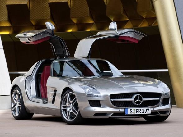 [2011+Mercedes-Benz+SLS+AMG.jpg]