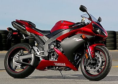 Yamaha R1 Red modification extreme