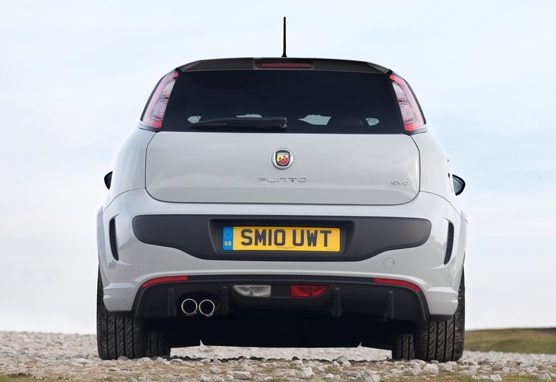 (2011) New Fiat Punto Evo Abarth
