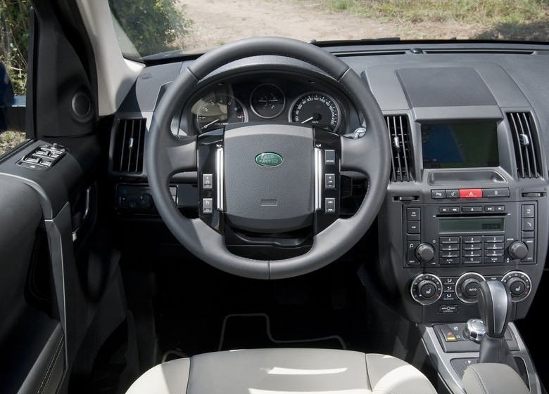 2011 New Land Rover Freelander 2 Interior