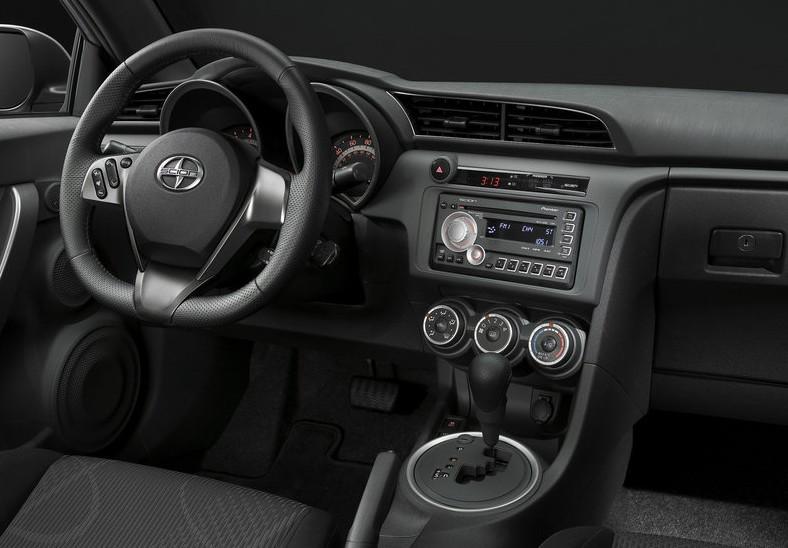 2011 New Scion tC Review interior