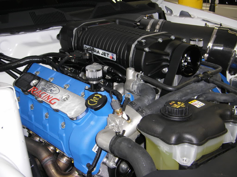 2010 Ford Racing Cobra Jet Mustangs engine