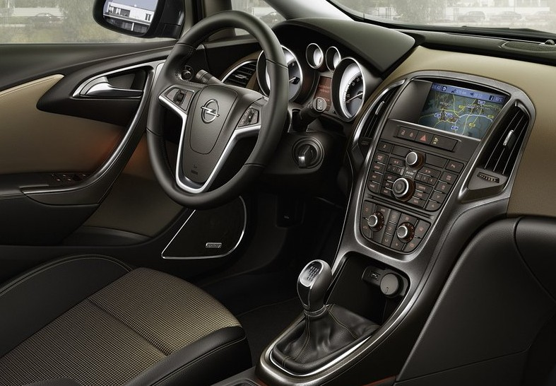 Opel Astra Sports Tourer Interior