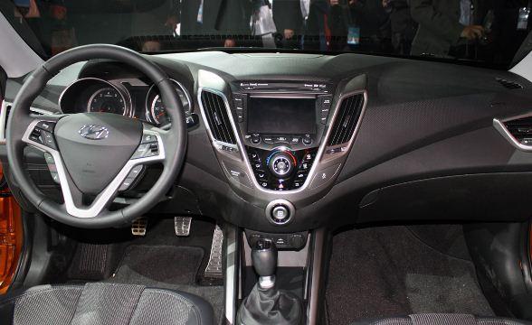 2012 Hyundai Veloster Coupe Interior