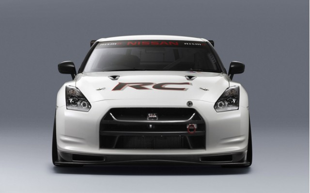 2011 Nissan GT-R RC by Nismo