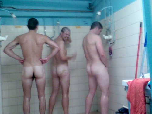 incontri gay catania uomini italiani nudi