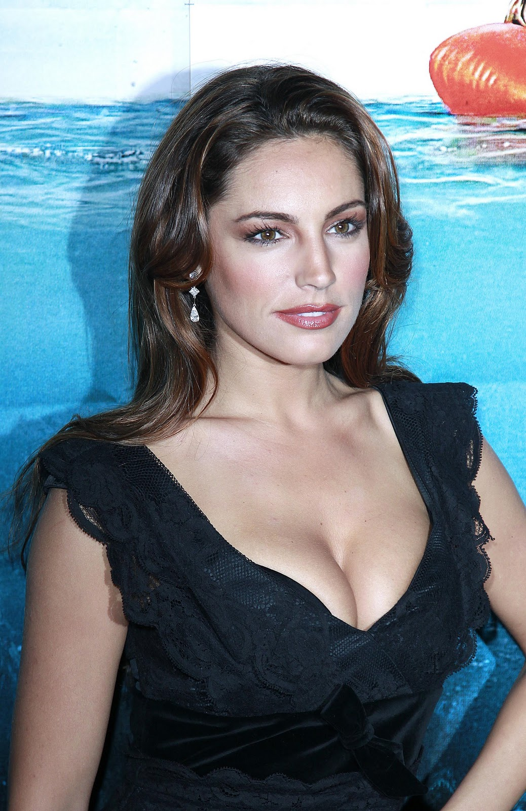 Nackte Kelly Brook in Piranha 3D ANCENSORED
