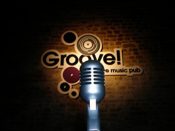 GROOVE Pub