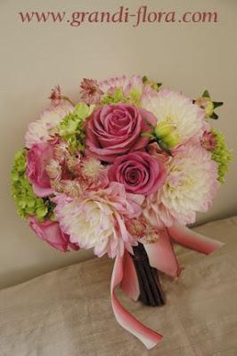 lavender_pink_dahlia_bouquet