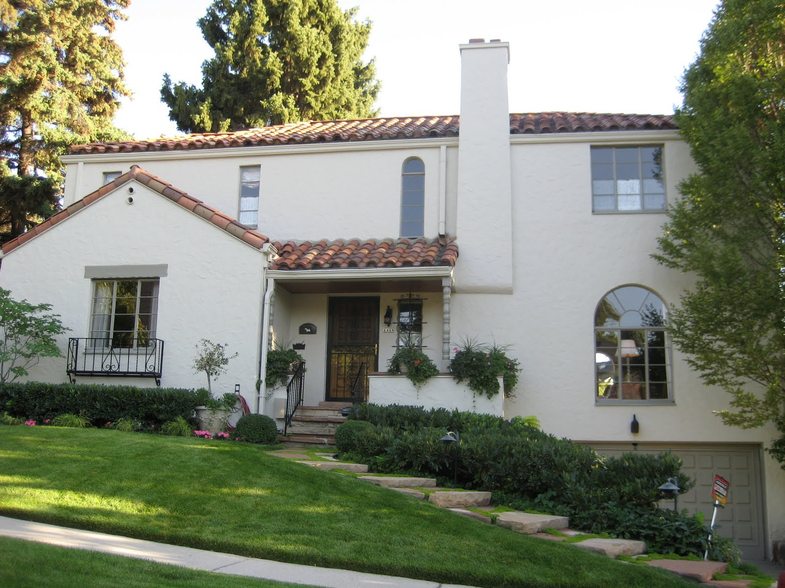 Very fine house slc style stucco houses for Stucco styles