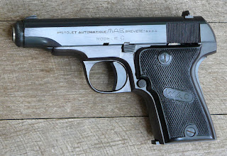 Pistola mab mod c y d