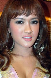 artis toket gede foto bugil artis indonesia julia perez bugil tips