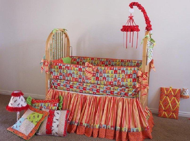 [crib+bedding.jpg]