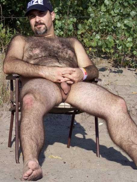 Hombres Peludos Desnudos Maduros Masturbandose