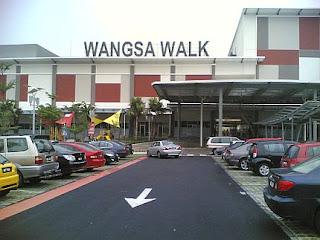 http://3.bp.blogspot.com/_1sLRXCIcYh0/SsXiC3QEu_I/AAAAAAAAChw/oe5sUM_Jo6s/s320/wangsa-walk-mall-entrance.jpg