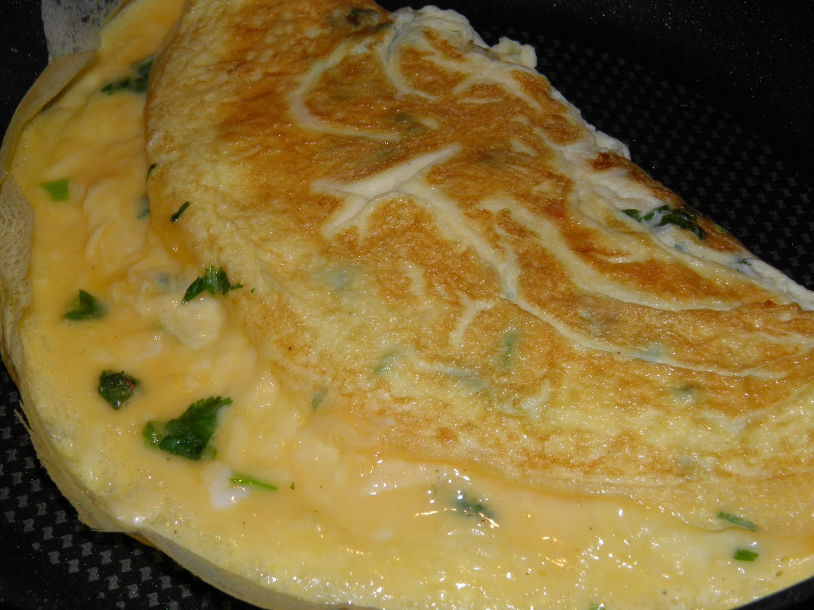 Anna's Cooking Adventure: 20101027 Chilli Cheese Omelette