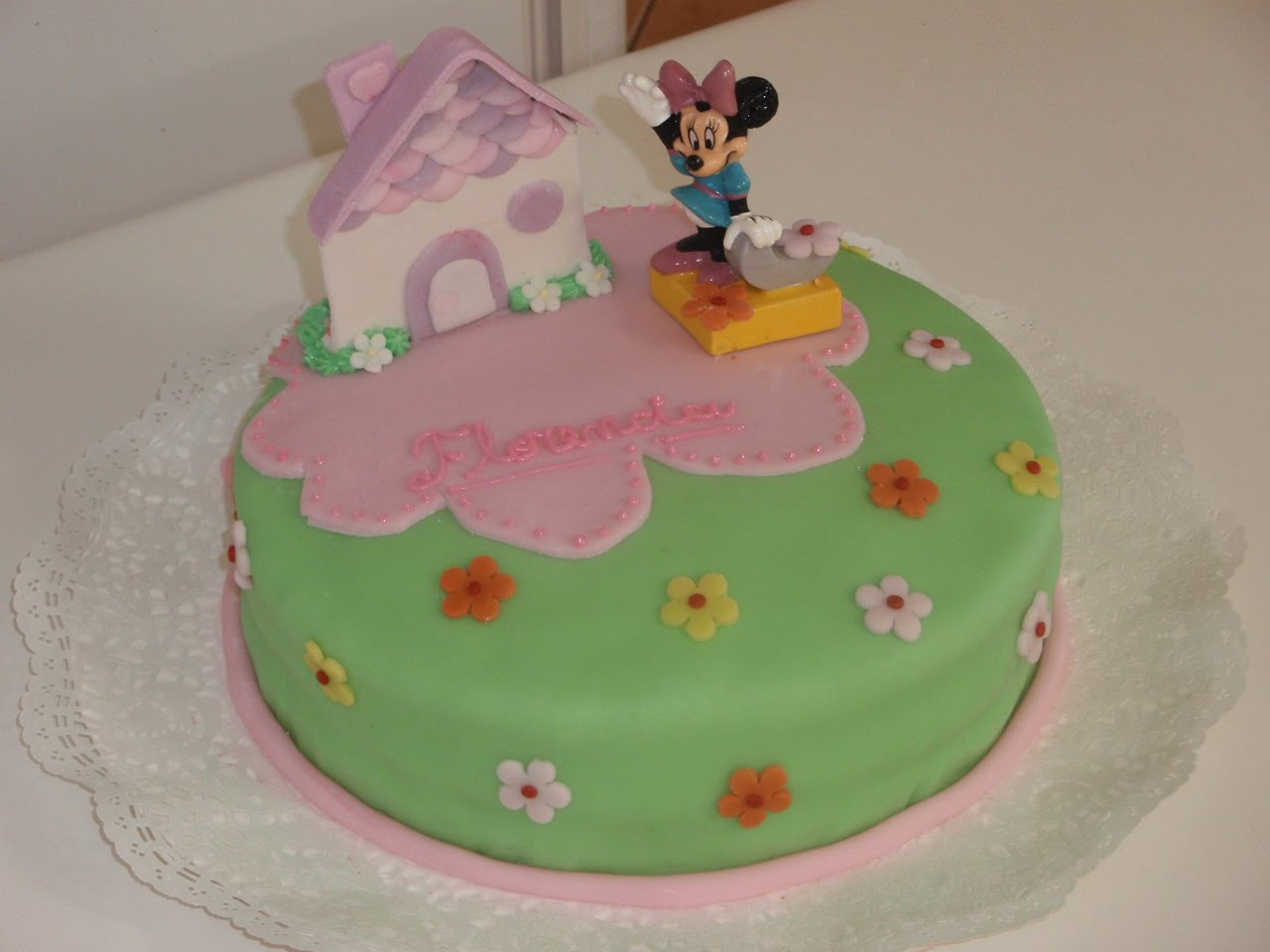 Tortas Infantiles: Minnie Mouse