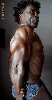 ROBBY ROBINSON, 64 YEARS, 2010 ▶  www.robbyrobinson.net/anabolic-pack.php