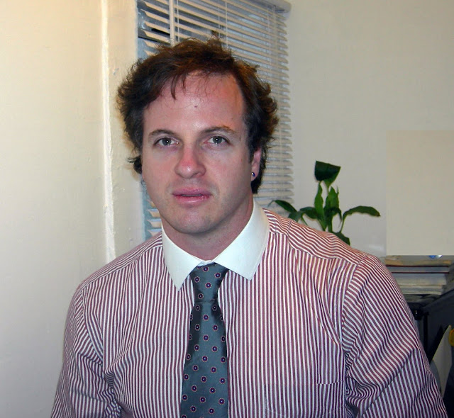 DR. DANIEL WHITTAKER - ROBBY ROBINSON'S ONLINE CONSULTATIONS' CLIENT