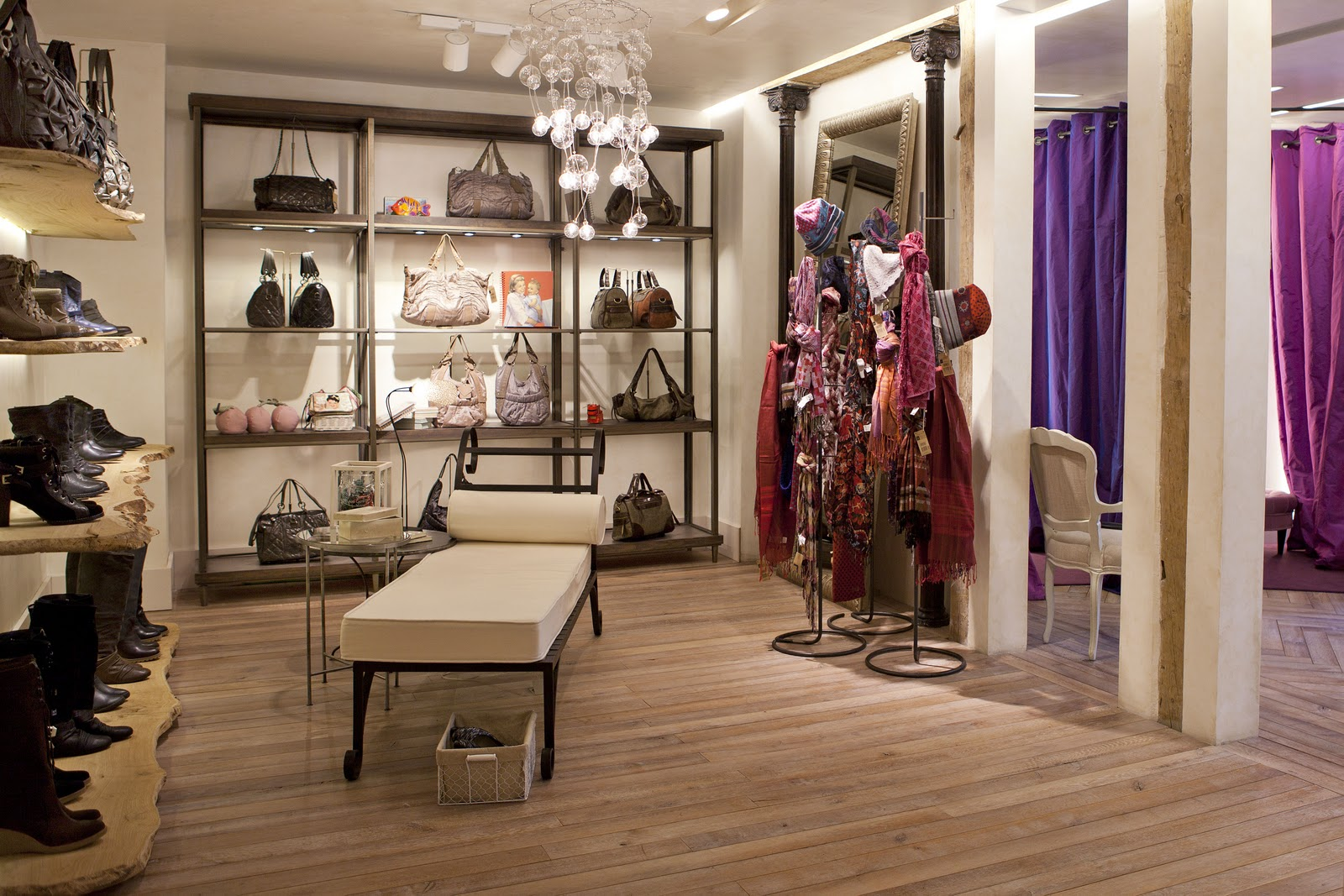 Romantic and chic inauguraci n tienda adolfo dominguez for Tiendas adolfo dominguez valencia