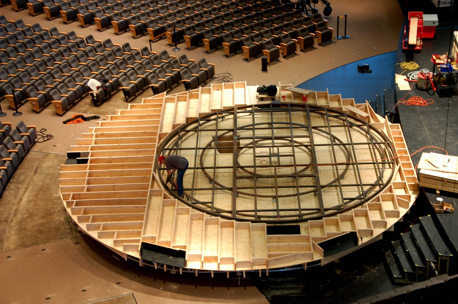 Scenic Design Info Christmas Stage Turntable Project