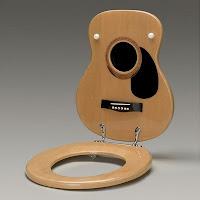 Assento em forma de violão