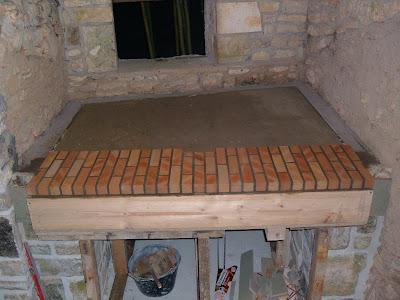 construction d 39 un four pain construction de mon four pain. Black Bedroom Furniture Sets. Home Design Ideas