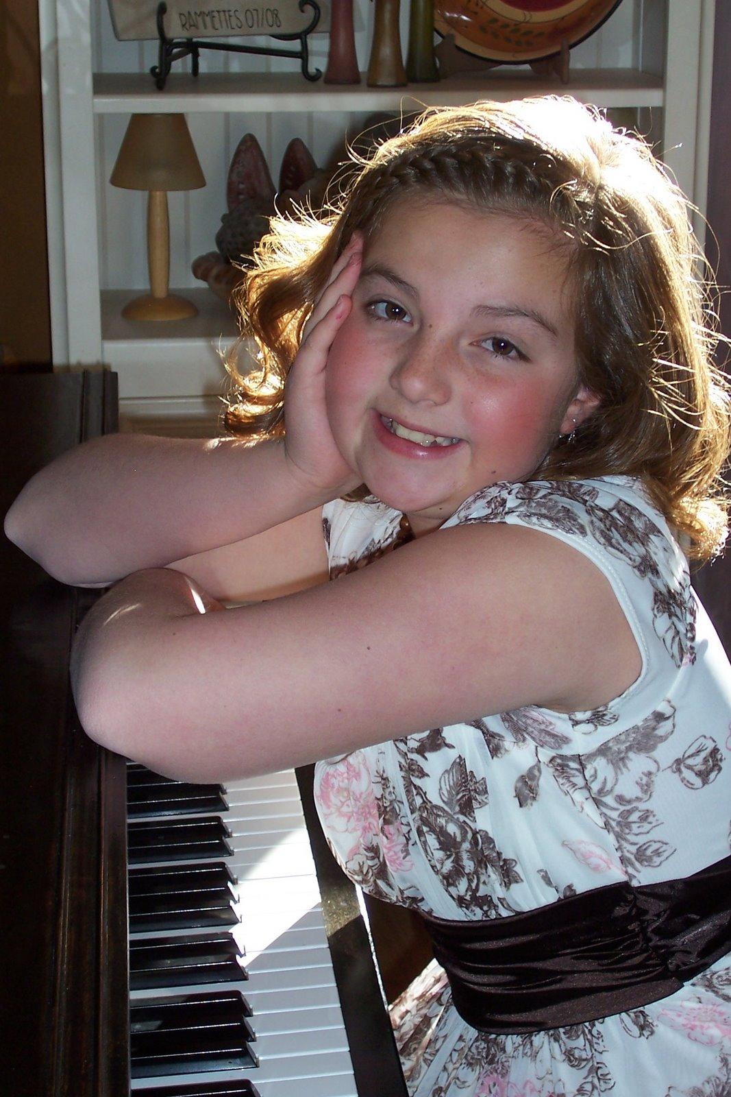 Daisy's Frist Piano Recital