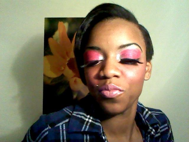 Girls Putting Makeup On Guys. put a makeup on. You Guys