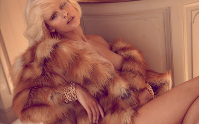 Edita Vilkeviciute for Numéro#117 October 2010 by Camilla Akrans
