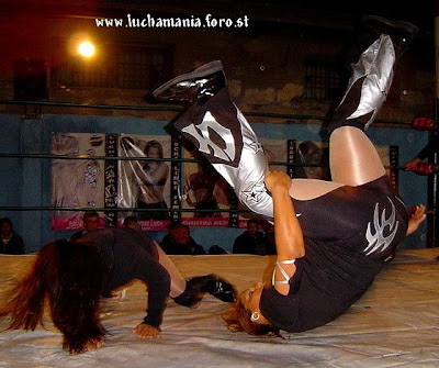 Luchadoras - Tigresa vs La Chacala