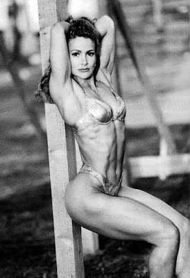 Female Fitness Competitor - Mia Finnegan