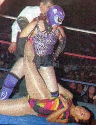Felina - Diana La Cazadora - la lucha libre - womens wrestling