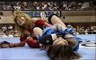 Michiko Omukai - Azumi Hyuga - joshi wrestling