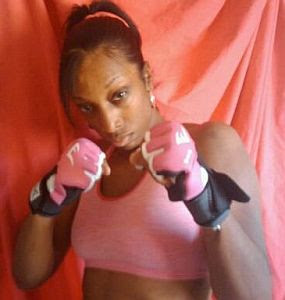 Mia Hayes - female fighter