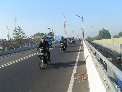 Kiara Condong fly over (anduz)