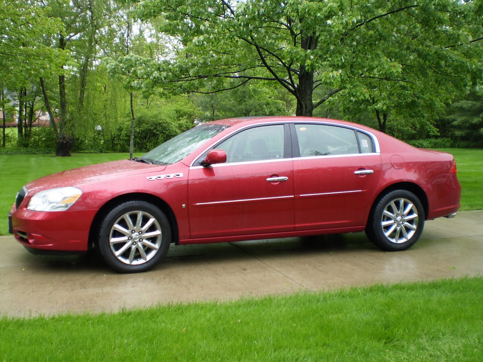 crackel manor updates 2007 buick lucerne cxs for sale. Black Bedroom Furniture Sets. Home Design Ideas