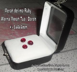 Permata Ruby Merah darah