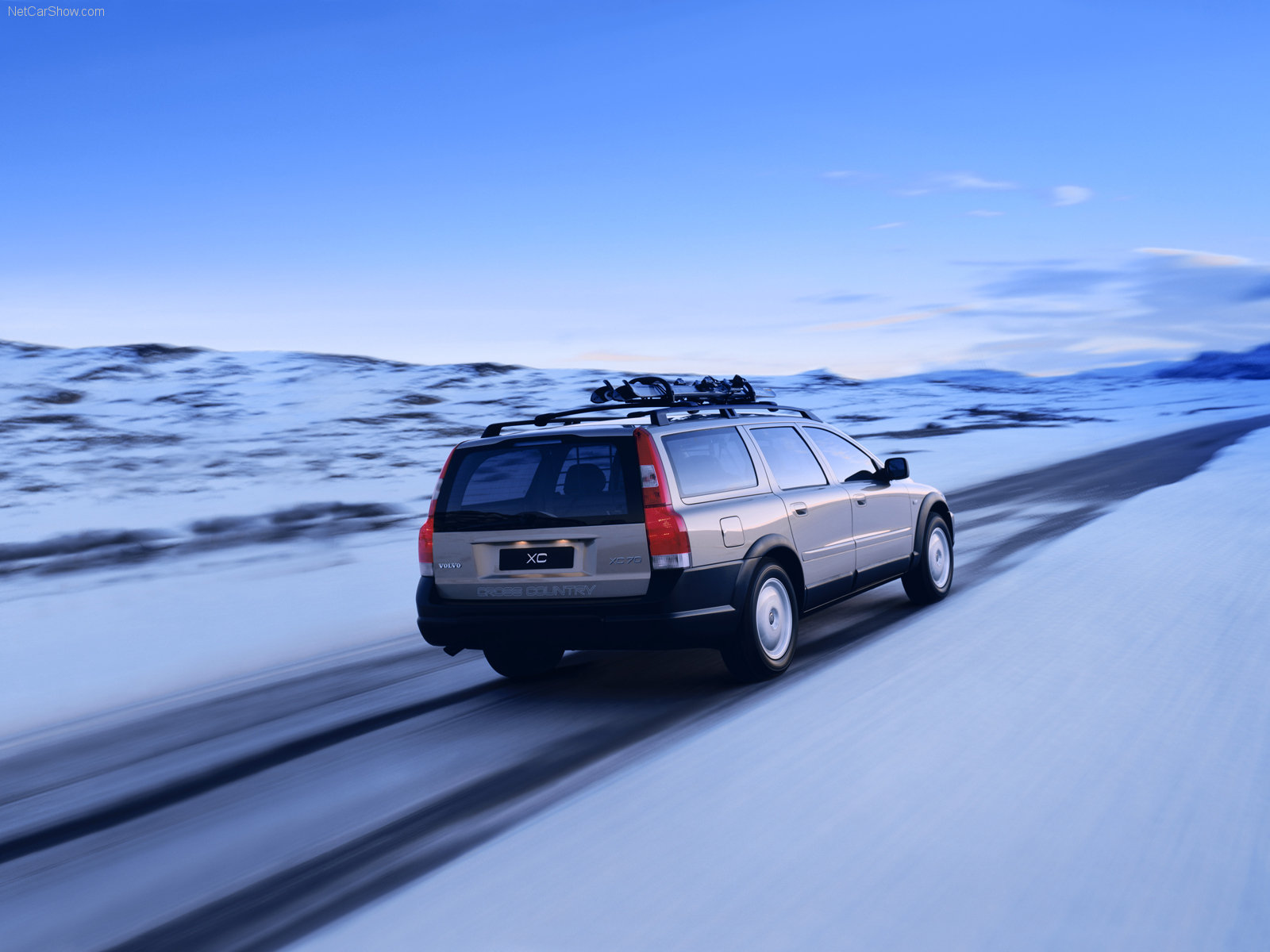 volvo xc70 cross country info page some good pics of 2nd generation xc70. Black Bedroom Furniture Sets. Home Design Ideas