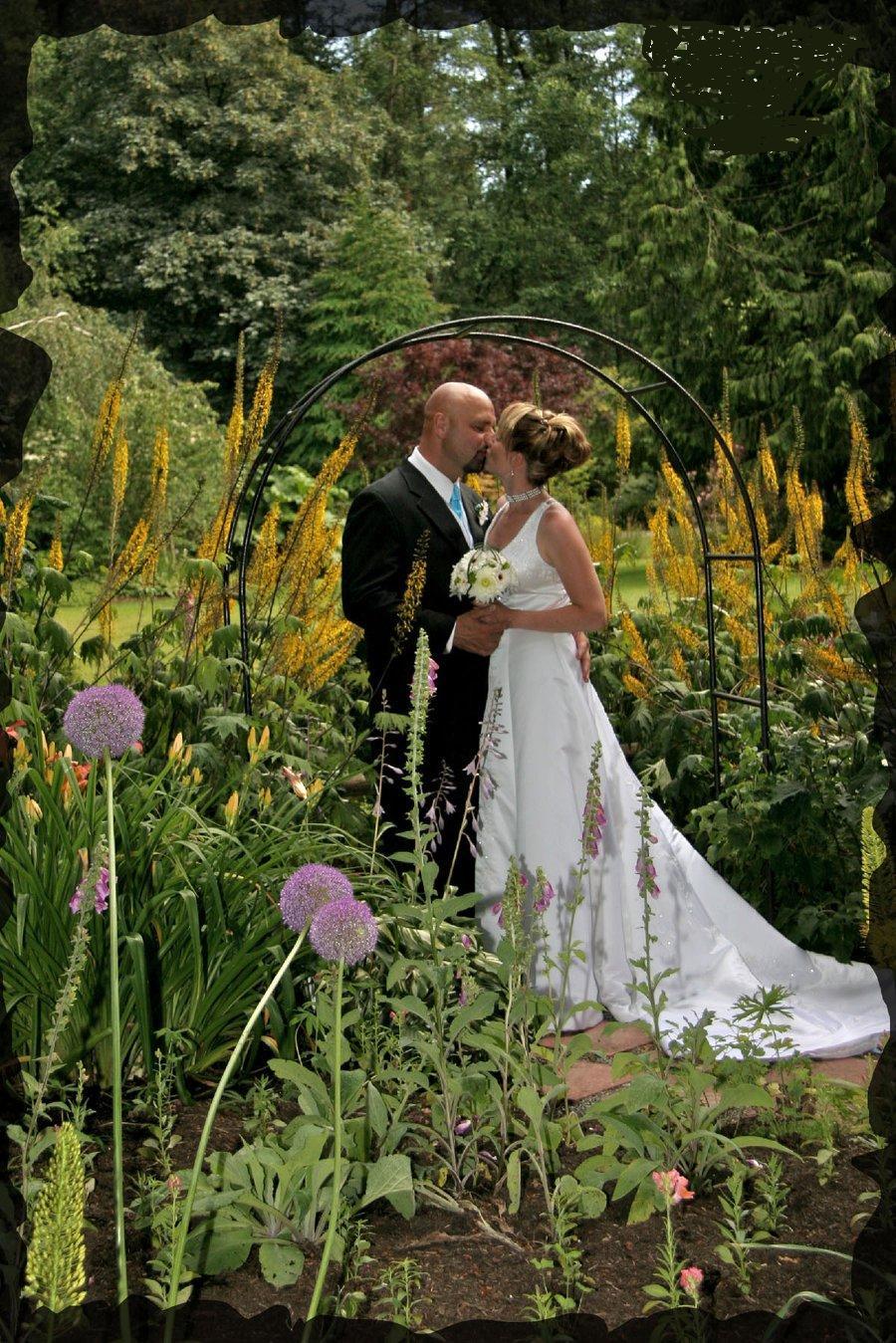 Smart wedding ideas outdoor weddings for Outdoor wedding pics