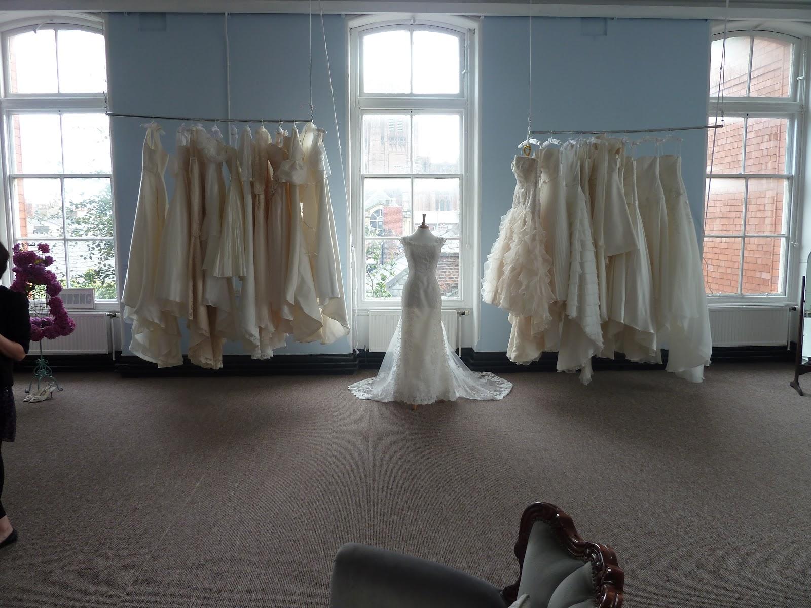 Jesus Peiro Stockists | Wedding Gown Town