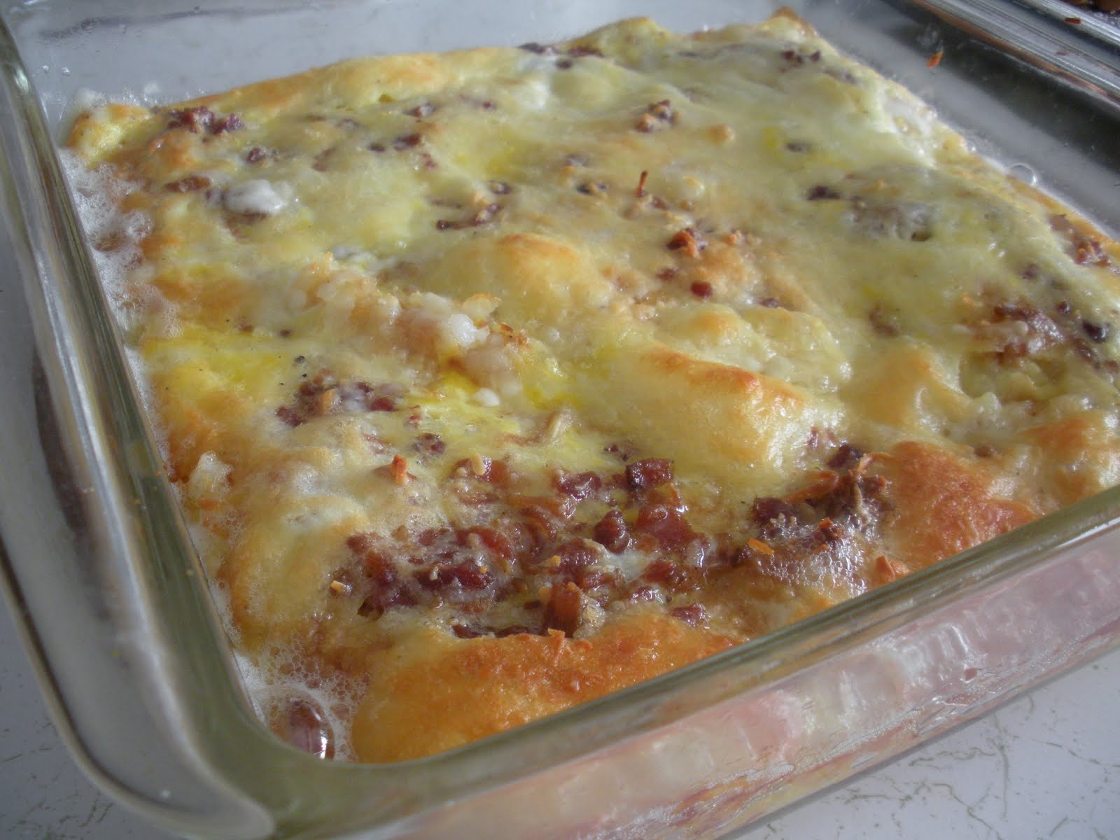 The American Homemaker: Simple Breakfast Casserole