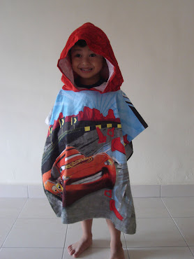 Hensem Aisy with Car Hooded Towel..His fav towel..