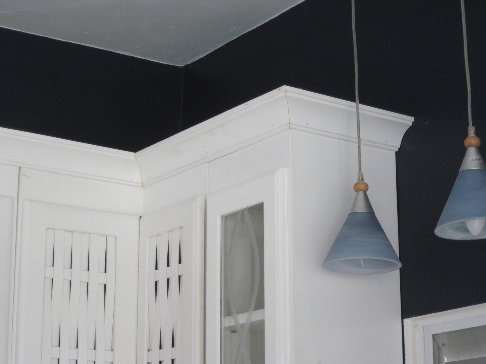 Crown molding on old kitchen cabinets lighting on kitchen - Crown moulding kitchen cabinets ...
