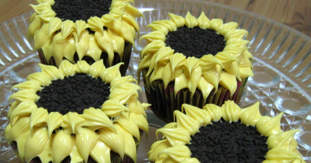 Fowl single file summertime tutorial for sunflower cupcakes