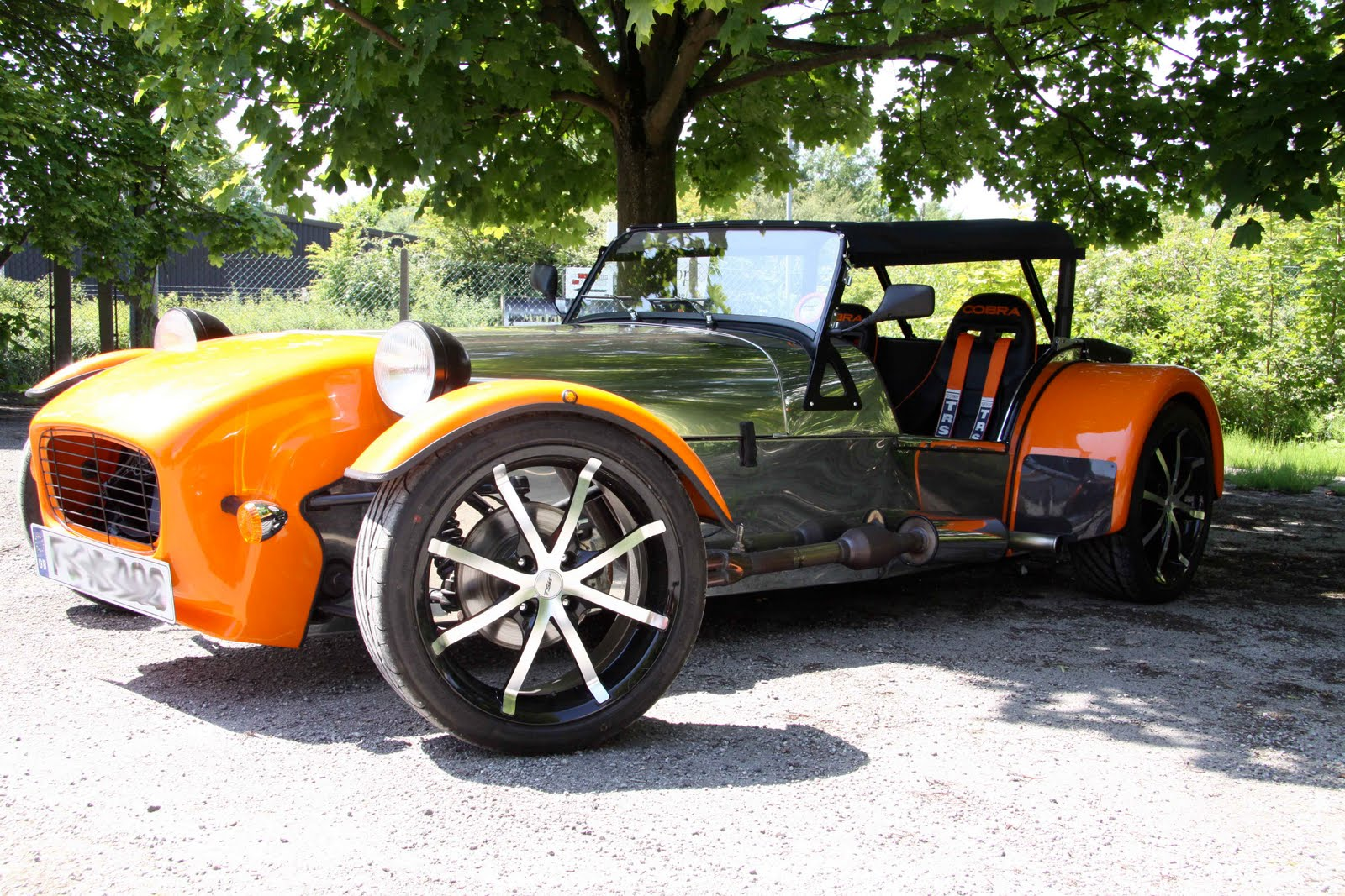 CUSTOMER COMES TO THE GBS FACTORY TODAY To Show Us His Finished - Gb sports cars zero