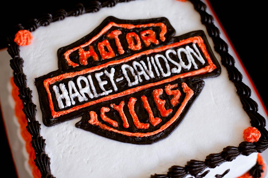 High Definition Background Photos Of Harley Davidson Birthday Cakes