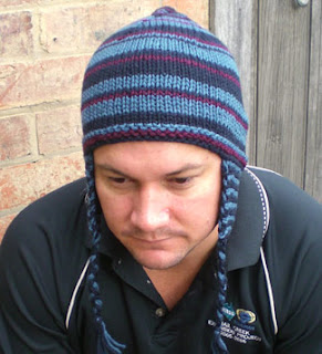 Knitted Hat Patterns With Ear Flaps : Travel headwear: Ear-flap beanie, easy knit e-pattern